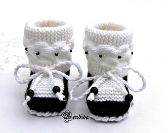 Baby Girl Shoes, Baby Shoes Knit, Baby Crochet Booties, Baby Girl Booties, Black White Booties, Infant Girl Shoes, Newborn Girl Booties.