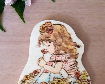 Wooden magnet Sarah Kay (girl with flowers)-Pirografata and coloured