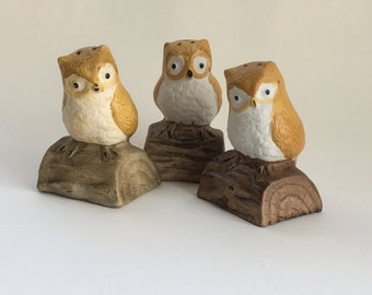 Vintage Owl Salt and Pepper Shakers, Owls sitting on a log, Lot of 3, Owl Lovers