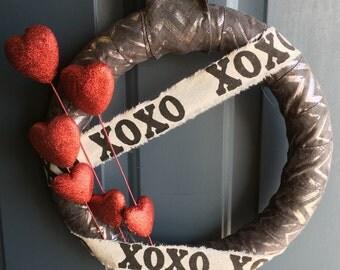 Valentine's Day Wreath, Heart Wreath, Metallic Wreath, Glitter Heart