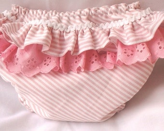 Diaper Cover, Baby Diaper Cover, Baby Bloomers, Ruffle Back Baby Bloomer, Pink Cover Diaper, Cubrepañal rosa, Cubrepañales, Cubrepañal