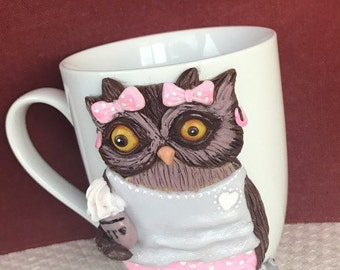 Cup with the sleepy owl