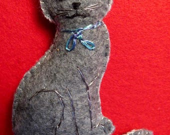 Felt Gray Cat Ornament w/Bow