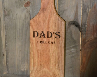 "Summer Party Gift, Personalized Grill Scraper, ""Dad's Grill Oar"", Grill Accessory, Grill Cleaner, Gift for Dad, Housewarming Gift"
