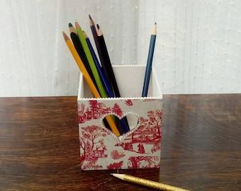 Wooden pen pot vintage home office storage pencils brushes heart cut out pearls toile de Jouy