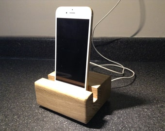 Smart phone charging/docking station