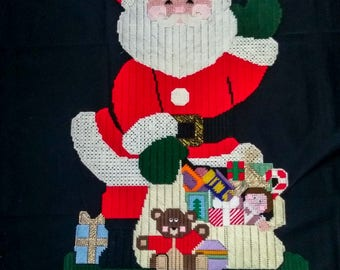 Plastic Canvas Needlepoint  Merry Christmas Santa Clause