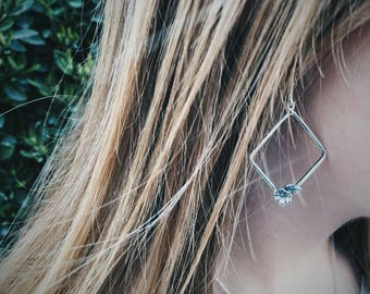 Geometric bloom silver earring