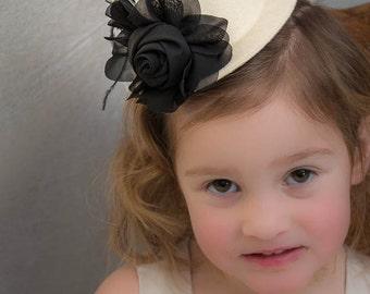 Mini Top Hat, Hair Clip, Cosplay, Alice in Wonderland, Tea, Party, Wedding, Flower Girl, Mad Hatter, Photo Prop