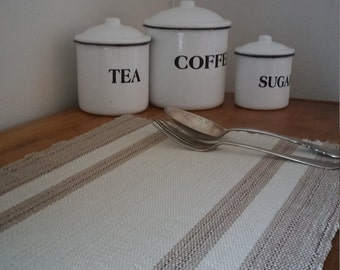 Vintage placemats, handmade placemats, weaved placemats, farmhouse decor, shabby chic, minimalist decor