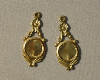 Vintage French Charm Pendant Earring Findings Stone Setting Raw Brass Die Cast Flat Back 1 Piece 8J