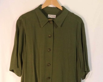 90s minimalist oversize shirt// Modern short sleeve long button down olive green tunic blouse// Vintage Alfred Dunner USA// Women 2X plus 20