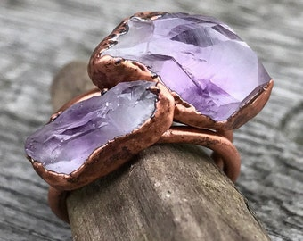 Raw amethyst ring / Amethyst crystal ring / February birthstone ring / Raw gemstone ring / Gift for her / gift for wife / Copper ring