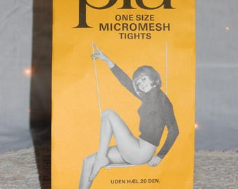 Ladies vintage 1950s 60s PIA micromesh nylon tights dark tanned look one size pantyhose