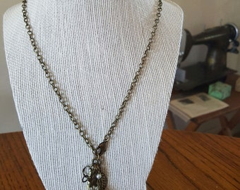 Necklace lariat style brass
