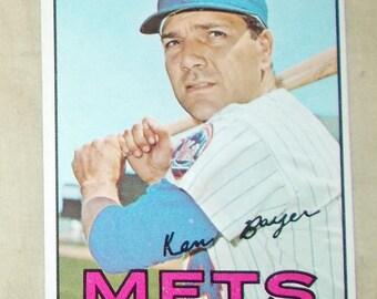 1967 Topps baseball cards #105 Ken Boyer  3B  Mets