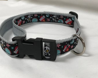 Adjustable dog collar, sculls, 39-54cm