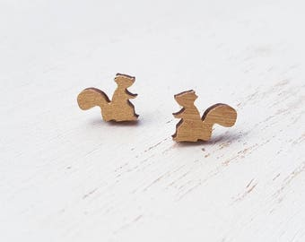 Squirrel earrings. squirrel jewellery. Woodland squirrel earrings. Squirrel accessories. Grey squirrel. Squirrel jewelry. Squirrel accessory