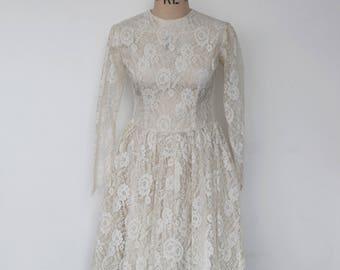 """A Vintage Dress - """"Alice."""" 1940's Vintage Tea Length Lace Bridal Gown."""