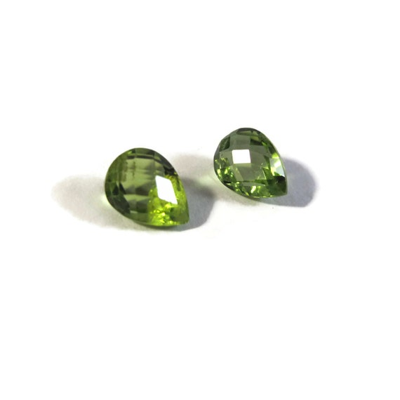 Two NON DRILLED Gemstones, Matching Peridot Teardrops for Making Jewelry & Setting, 8mm x 6mm, Green Stones (Luxe-Nd5)