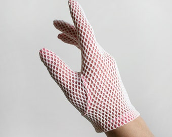 Vintage 1960s Gloves - Hot Pink and White Net Wrist Gloves - Sporty Mod Gloves - Nylon - Small