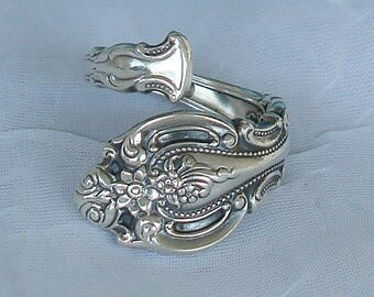 Vintage Wallace Crown Victoria Sterling Silver Spoon Ring dmfsparkles