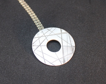 Geometric silver necklace, Minimalist sterling silver necklace, Silver pendant, Minimalist silver pendant, Handmade necklace, Silver circle