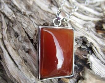 Taronja red agate pendant