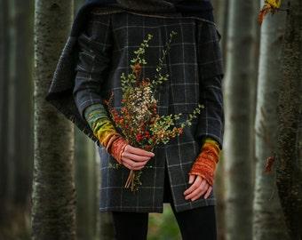 Handmade | Fingerless gloves | Mittens | Wrist cuffs | Felt glove | Silk khaki rust