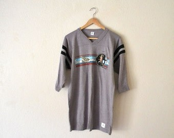 1989's Gray Athletic Graphic T-Shirt