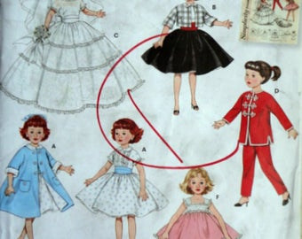 "Simplicity 3522 Sewing/Craft Pattern, Doll Clothes For 10 1/2"" Dolls, Uncut FF, Retro Reissue"
