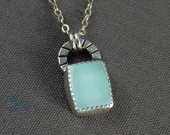 Dainty aquamarine necklace / aquamarine pendant / March birthstone / silver and aquamarine / dainty aquamarine jewelry / ready to ship
