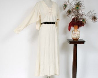 Vintage 1930s Dress - Incredible Ivory Caped Rayon Crepe 30s Day Dress with Dolman Sleeves and Scalloped Cape