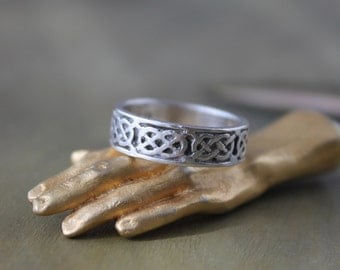 Sterling Silver Celtic Knot Band, Celtic Knot Ring, Vintage Celtic Heart Ring, Silver Celtic Heart Ring, Celtic Wedding Band, Irish Knot