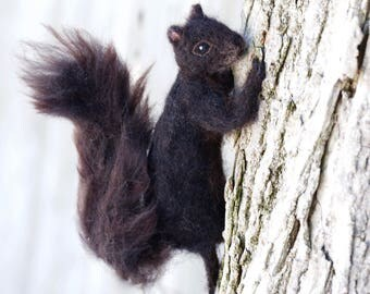 Needle Felted Squirrel Black, Poseable, Realistic, Wool Sculpture