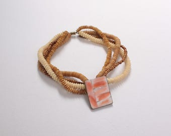Vintage 70s Shell NECKLACE / 1970s Wood Beads & Genuine Pink and White Shell Bohemian Necklace