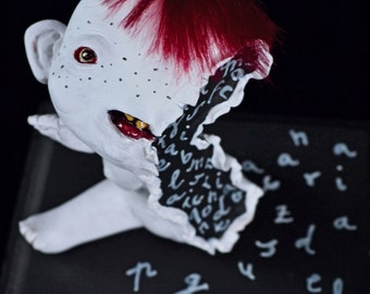 EXTRA SALE!! - Derrame - art doll, surrealism, creatures, letters, words, leak, Split in half, half, monster doll, white  creature, art toy