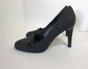Stuart WEITZMAN Grey Flannel Pumps