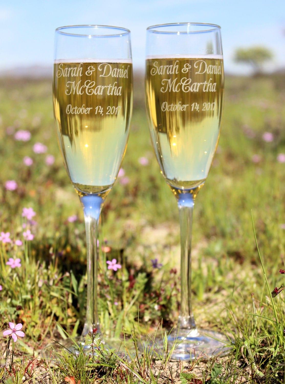 wedding toasting flutes champagne flutes personalized. Black Bedroom Furniture Sets. Home Design Ideas
