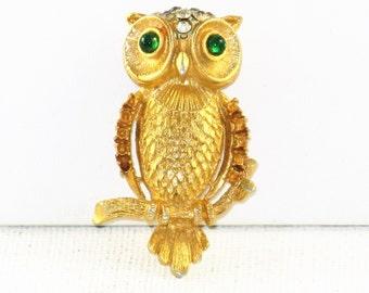 Vintage Gold Tone Rhinestone Owl Brooch Pin (B-2-5)
