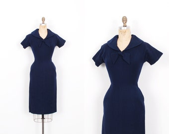 Vintage 1950s Dress / 50s Wool Sailor Collar Wiggle Dress / Navy Blue ( small S )