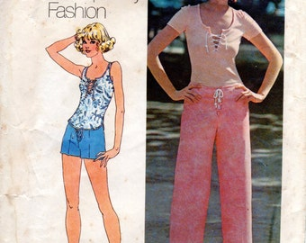 1970s Sailor Style Pants Shorts and Knit Top - Vintage Pattern Simplicity 6925 - Bust 32 1/2 UNCUT FF