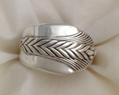 1930s Jewelry | Art Deco Style Jewelry Spoon Ring ALLURE 1939 Art Deco Wheat Pattern Size 5 to 12 Choose Your Size Vintage Silverplate Silverware Jewelry $25.00 AT vintagedancer.com