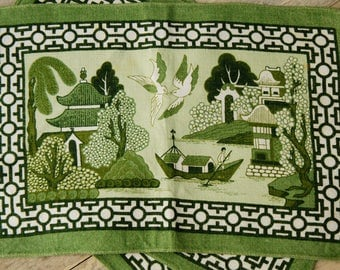 """Vintage Green """"Blue Willow"""" Asian Print/Toile/ Place Mats/Tablecloths/Wall Hangings/Bohemian Chic/Traditional Home/Mid century"""