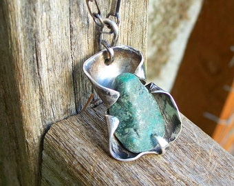 Modernist Green Sterling Pendant Necklace Silver Chrysocolla Stone Hand Wrought Chain Artisan Signed T Organic Vintage 1970's