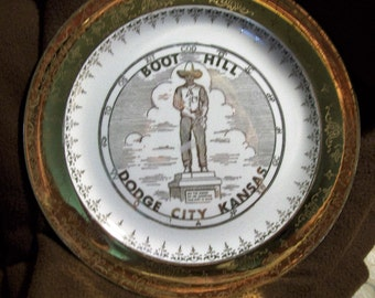 SALE Vintage 22 kt Gold marked Boot Hill Dodge City Kansas Decorative Plate Great display item/collectible