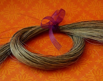 "Natural Grey Gray HorseHair for Braiding, Weaving Jewelry Making Tassels 12 grams 16-17"" long - HH-GRY"