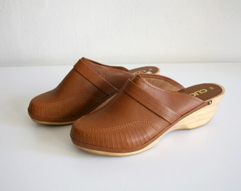 Brazilian Leather Clogs 7