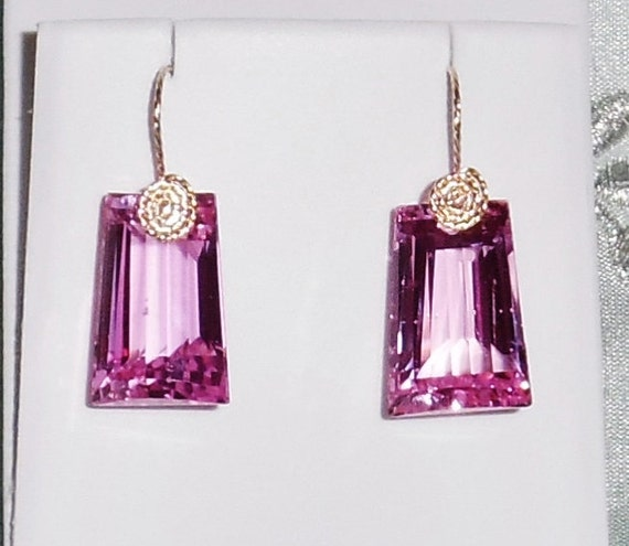 65cts Natural Fancy cut Pink Topaz gemstones, 14kt yellow gold Pierced Earrings