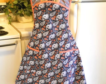 Vintage Style Full Apron in Navy